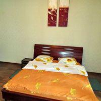 Квартира посуточно Мерит, спальное место