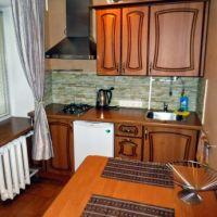 Квартира посуточно Рубин, уютная кухня